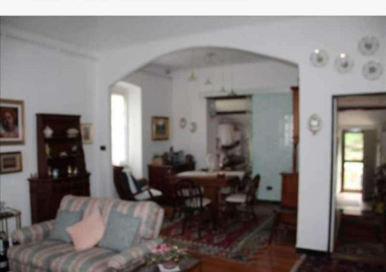 Appartamento in vendita a Uscio, 5 locali, prezzo € 168.000   CambioCasa.it