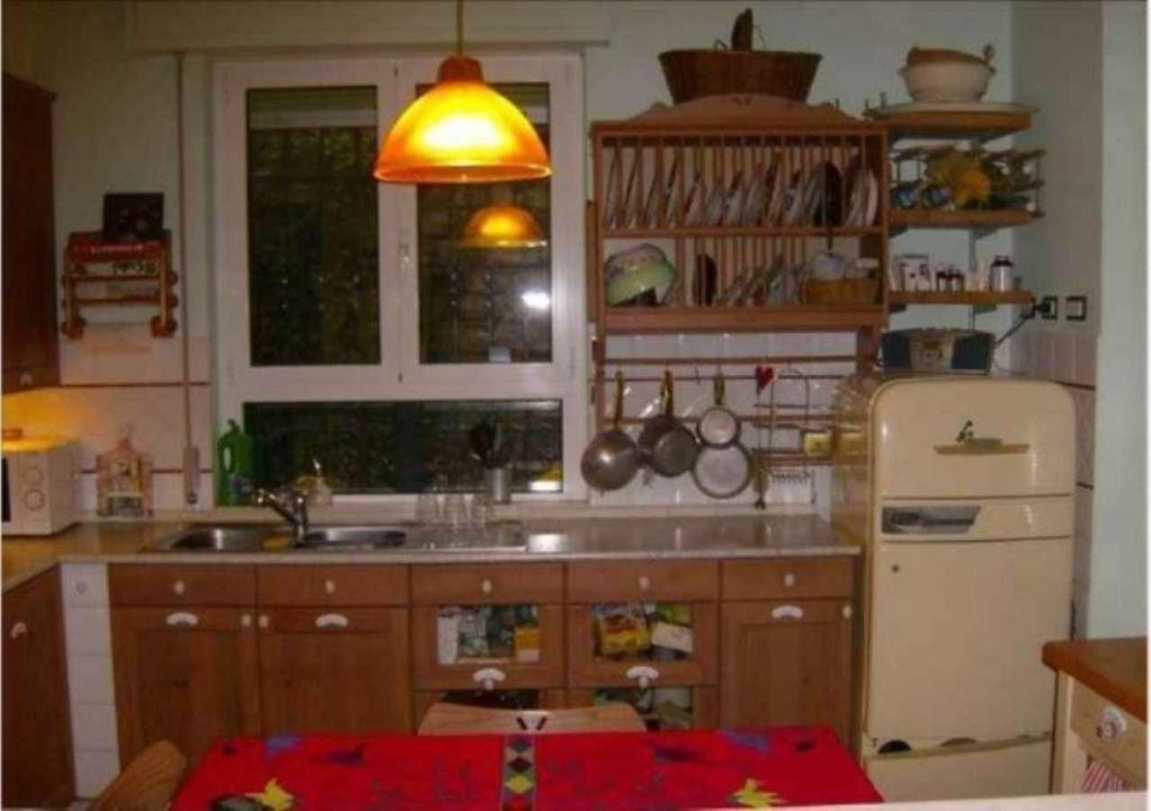 Appartamento in vendita a Camogli, 5 locali, prezzo € 390.000 | CambioCasa.it