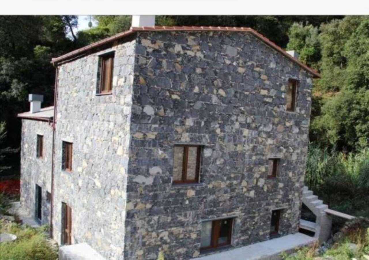 Attico / Mansarda in vendita a Avegno, 2 locali, prezzo € 210.000 | Cambio Casa.it