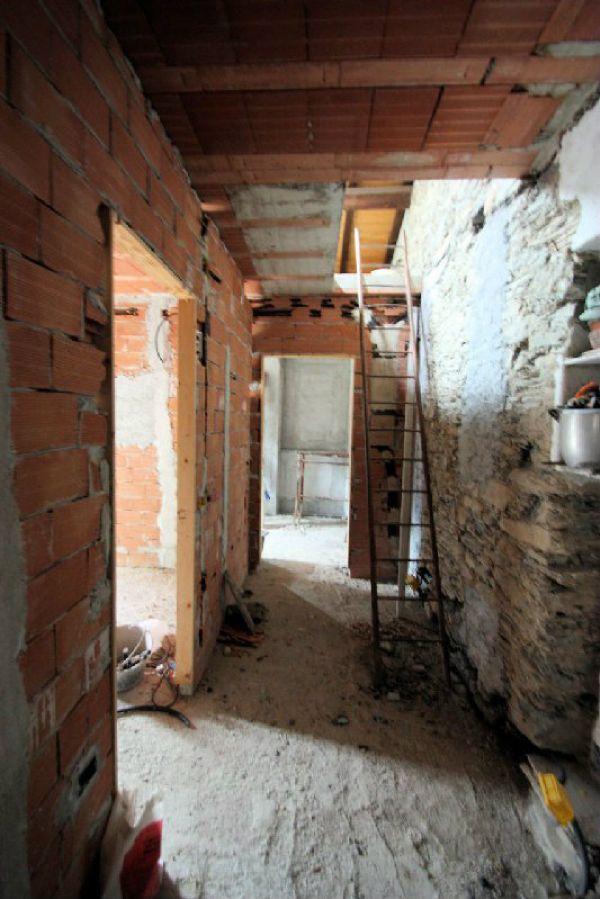Soluzione Indipendente in vendita a Avegno, 5 locali, prezzo € 225.000 | Cambio Casa.it