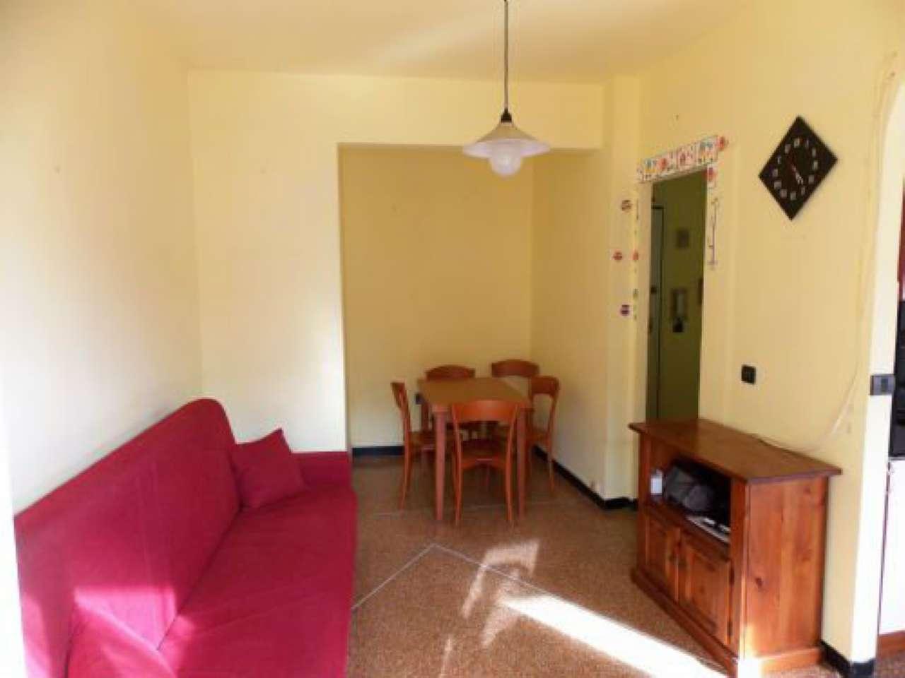 Appartamento in vendita a Recco, 5 locali, prezzo € 165.000 | CambioCasa.it