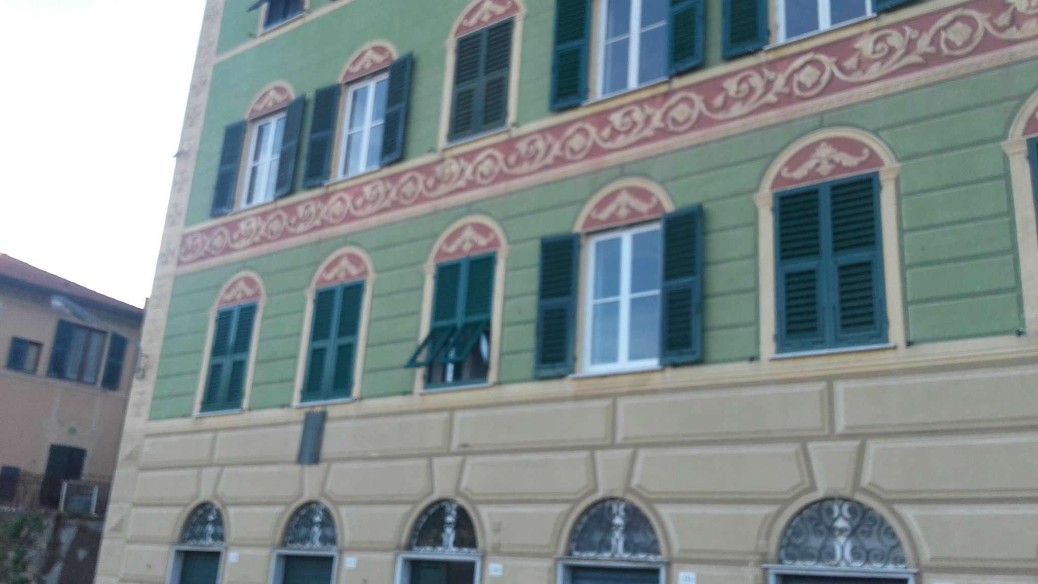 Appartamento in Affitto a Camogli