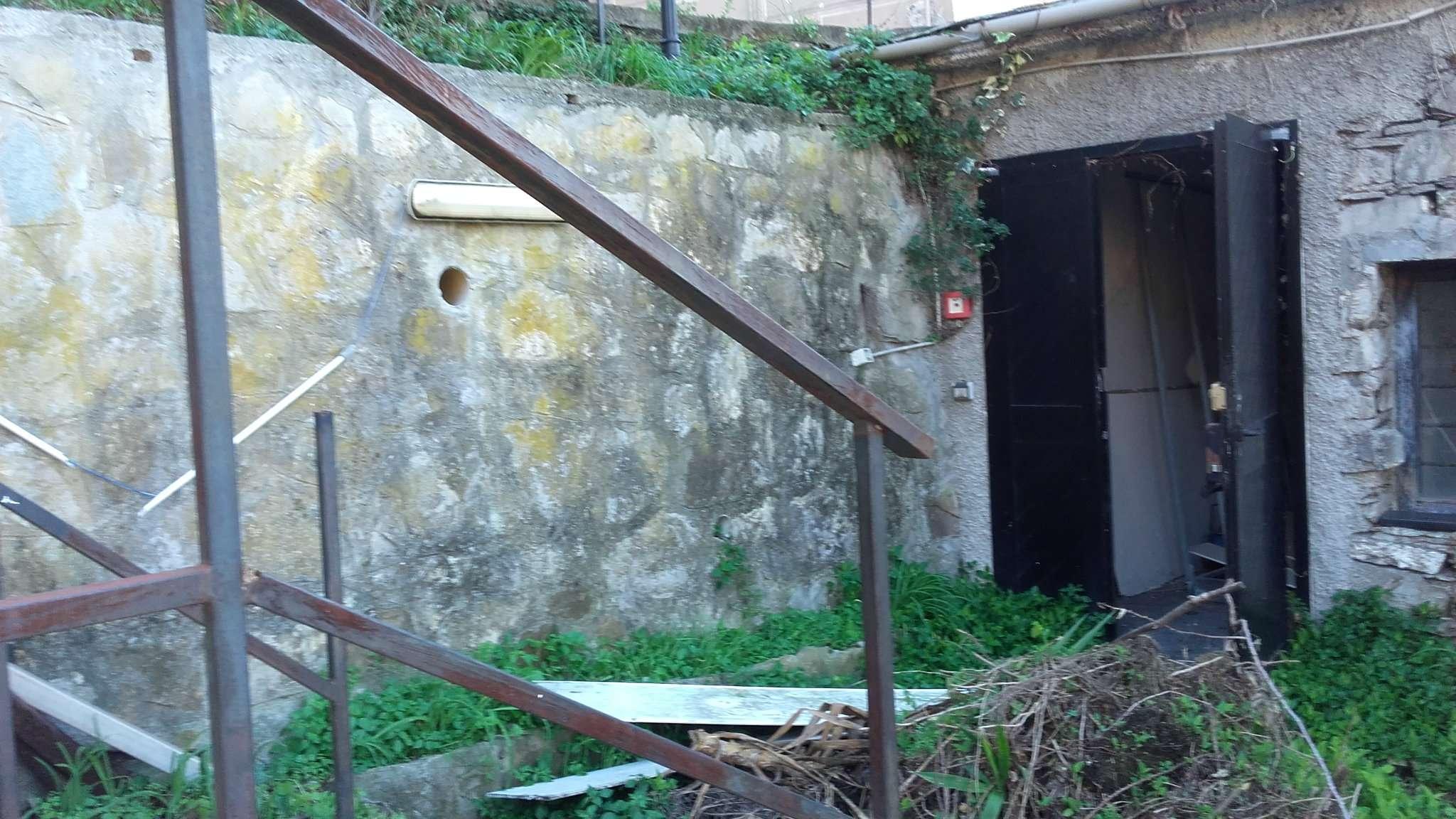 Appartamento in vendita a Camogli, 3 locali, prezzo € 238.000 | CambioCasa.it