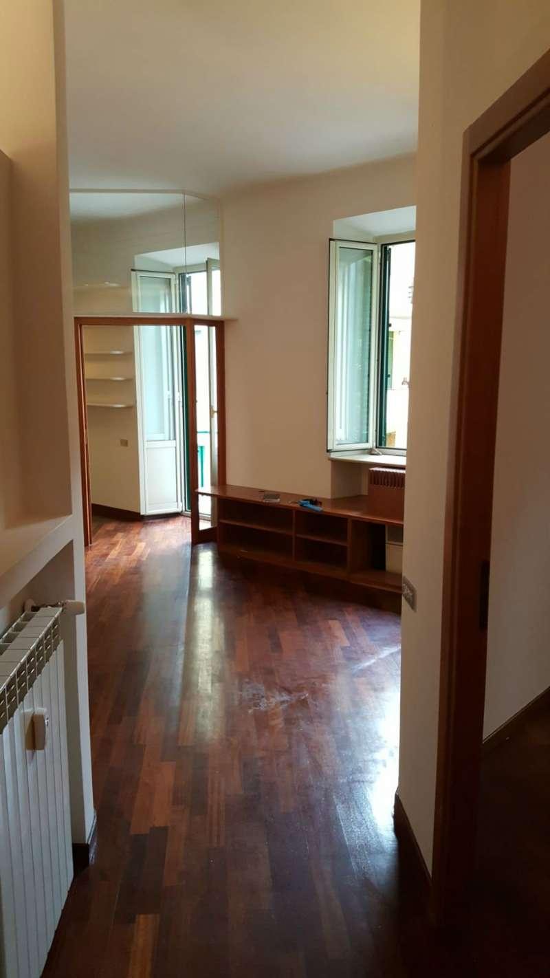 Appartamento in vendita 2 vani 68 mq.  via Annia Faustina Roma