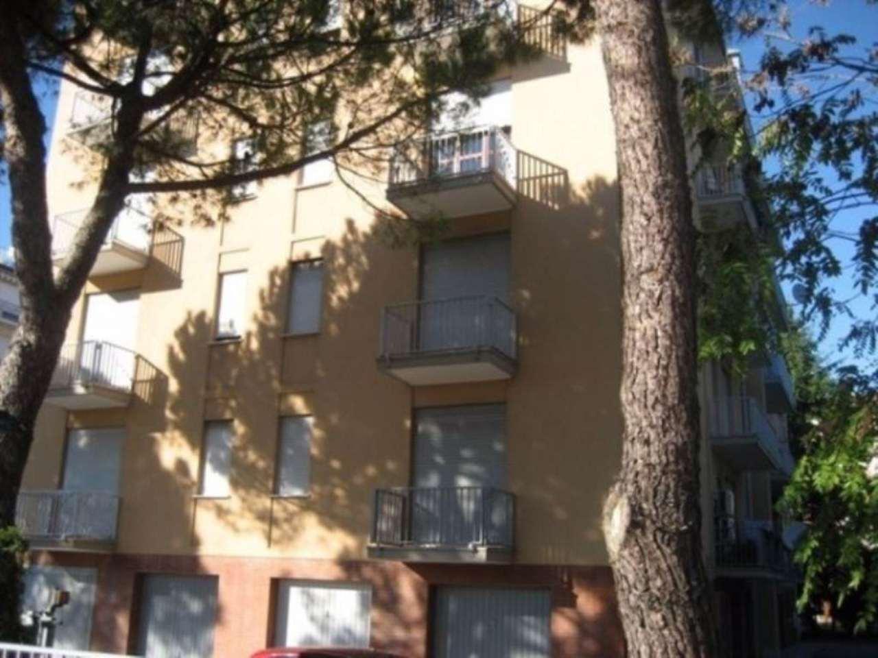 Appartamento in vendita a Mira, 4 locali, prezzo € 75.000 | Cambio Casa.it