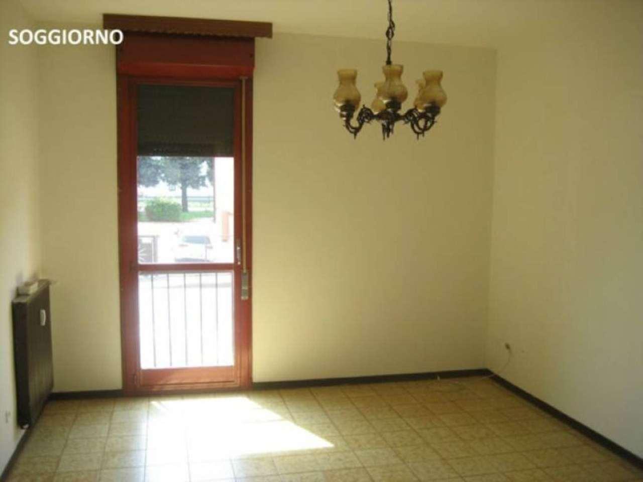 Appartamento in vendita a Mira, 4 locali, prezzo € 90.000 | Cambio Casa.it