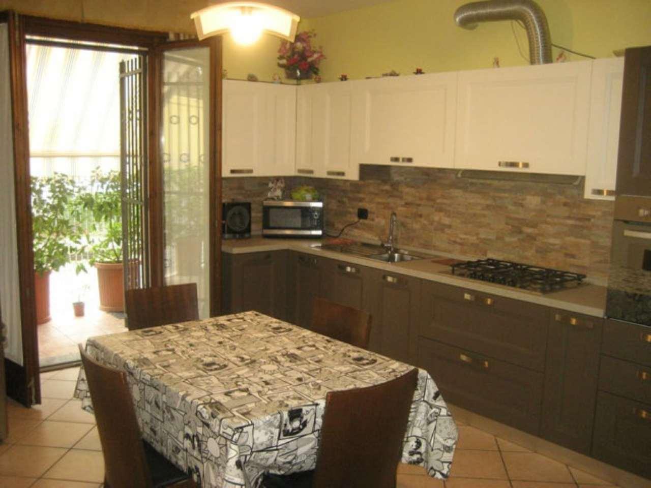 Appartamento in vendita a Mira, 3 locali, prezzo € 125.000 | CambioCasa.it