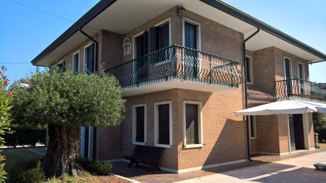 Casa campagna lupia appartamenti e case in vendita a for Case di campagna in vendita