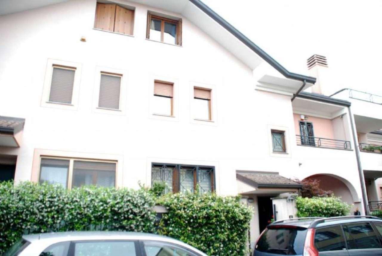 Villa a Schiera in Vendita a Novate Milanese
