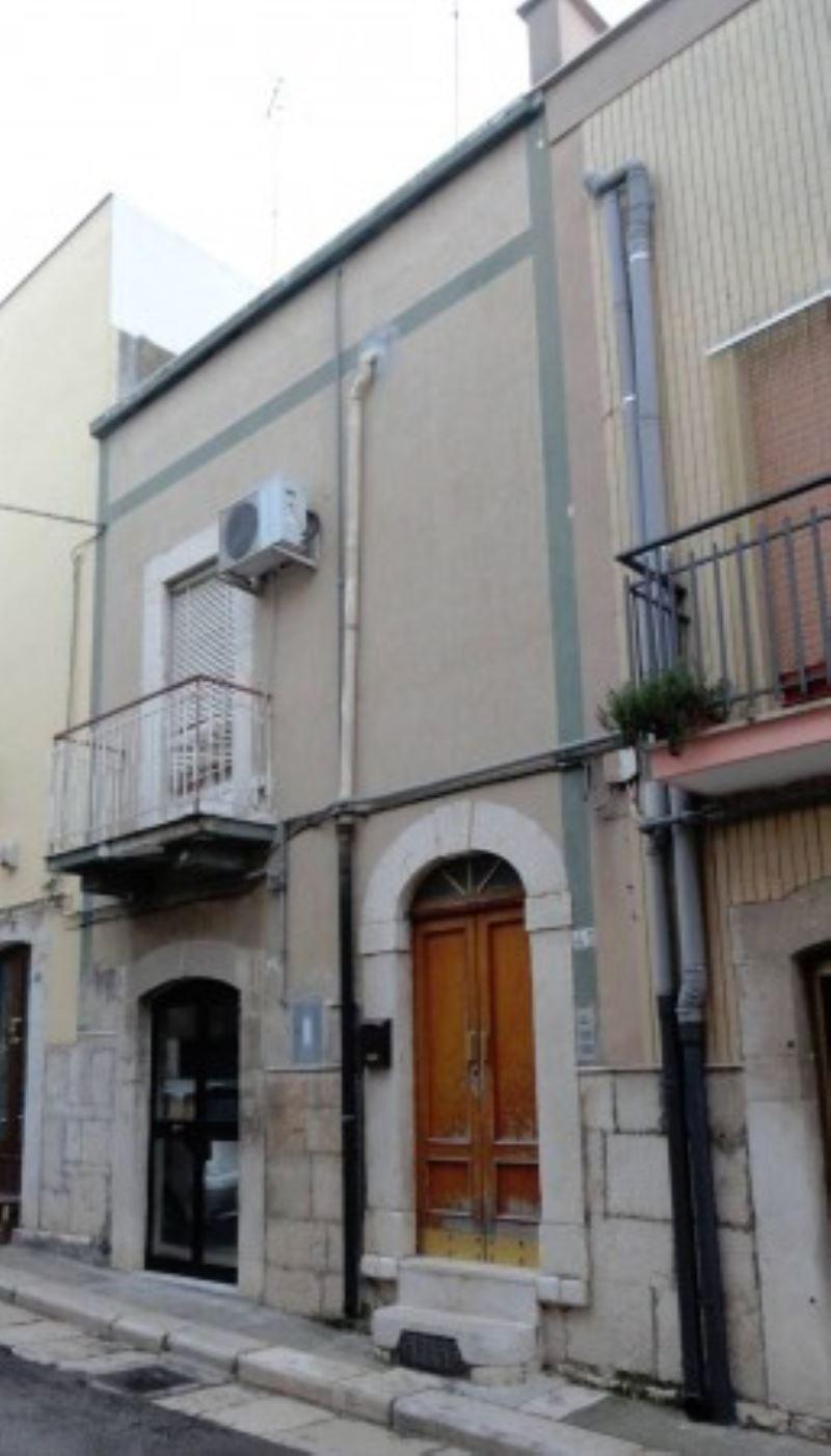 Soluzione Indipendente in vendita a Andria, 3 locali, prezzo € 55.000 | Cambio Casa.it