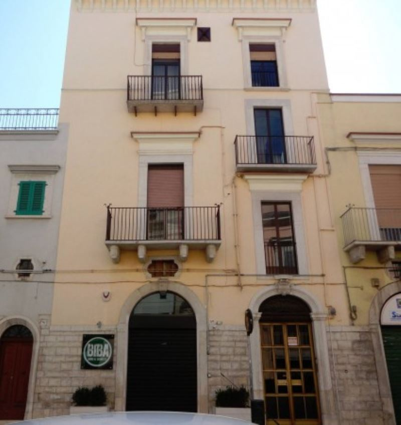 Appartamento in vendita a Andria, 4 locali, prezzo € 289.000 | Cambio Casa.it