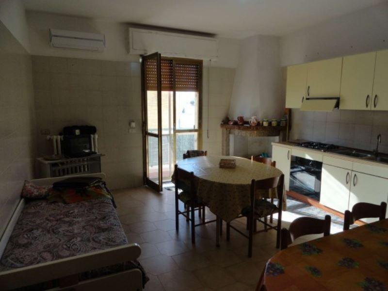 Soluzione Indipendente in vendita a Andria, 3 locali, prezzo € 175.000 | Cambio Casa.it