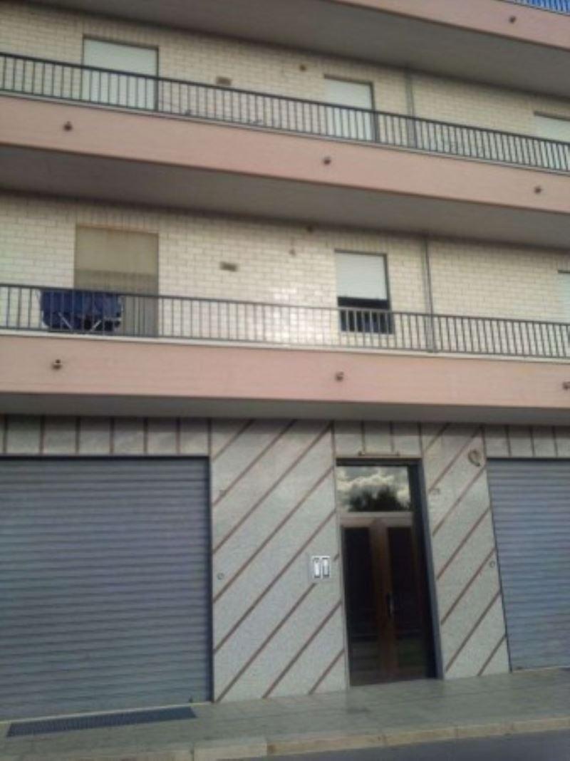 Appartamento in affitto a Andria, 5 locali, prezzo € 400 | Cambio Casa.it