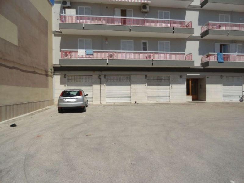 Negozio / Locale in vendita a Andria, 1 locali, prezzo € 175.000 | Cambio Casa.it