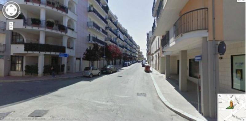 Negozio / Locale in Affitto a Andria