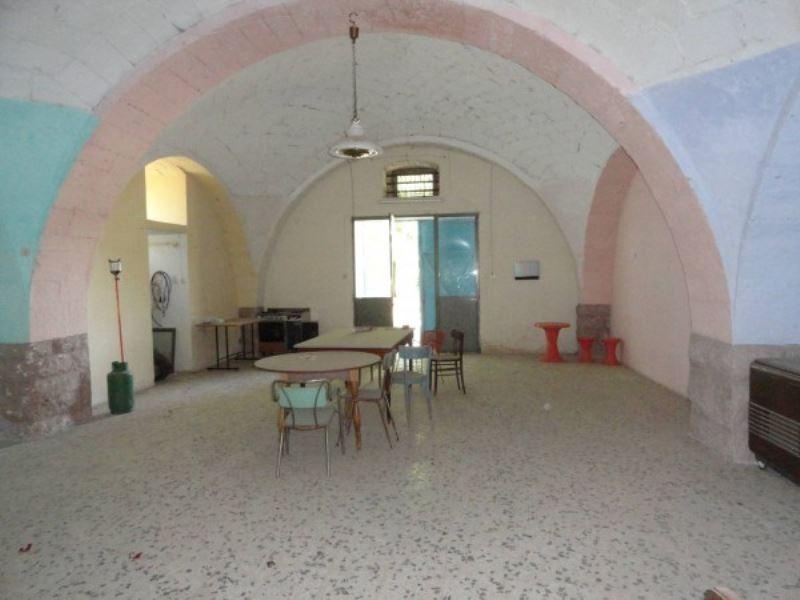 Villa in vendita a Andria, 2 locali, prezzo € 32.000 | Cambio Casa.it