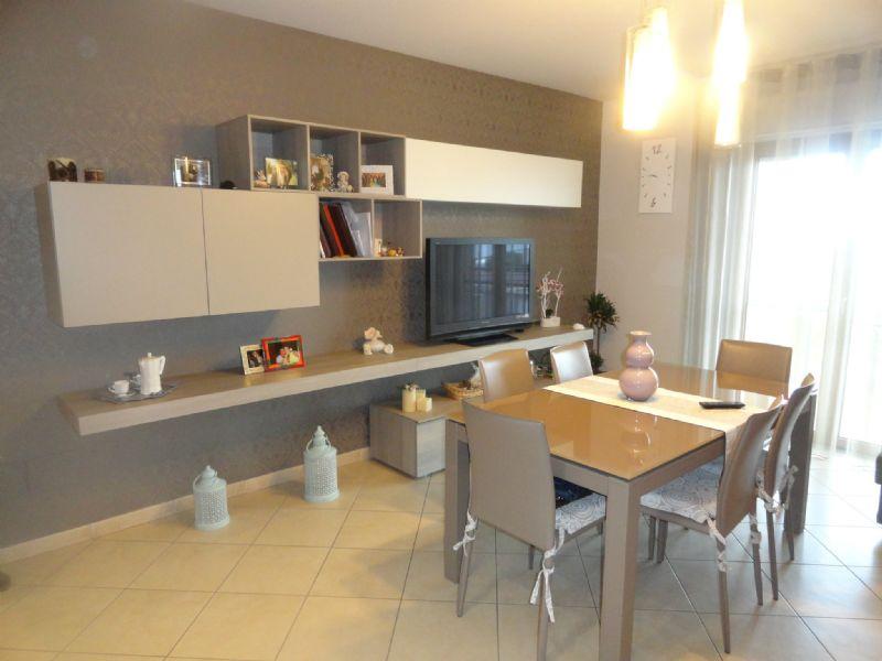 Appartamento in vendita a Andria, 4 locali, prezzo € 170.000 | Cambio Casa.it