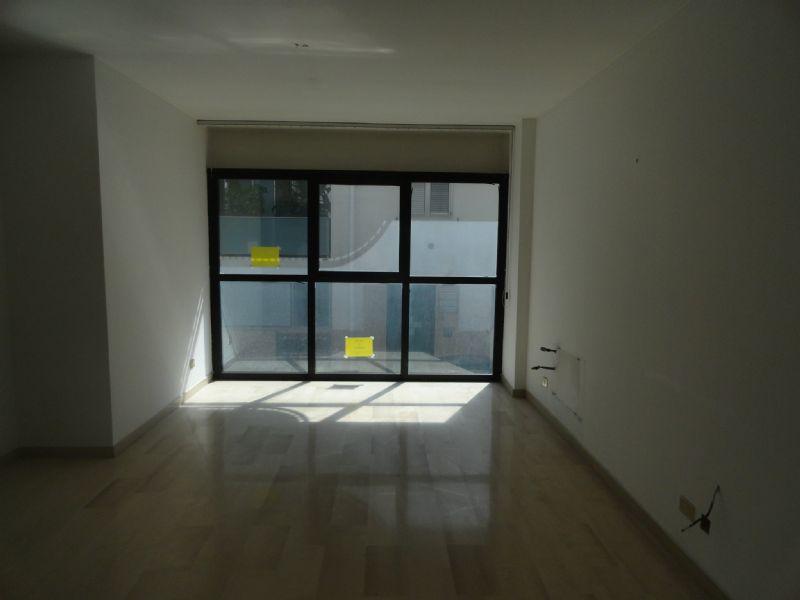 Ufficio / Studio in affitto a Andria, 4 locali, prezzo € 500 | Cambio Casa.it