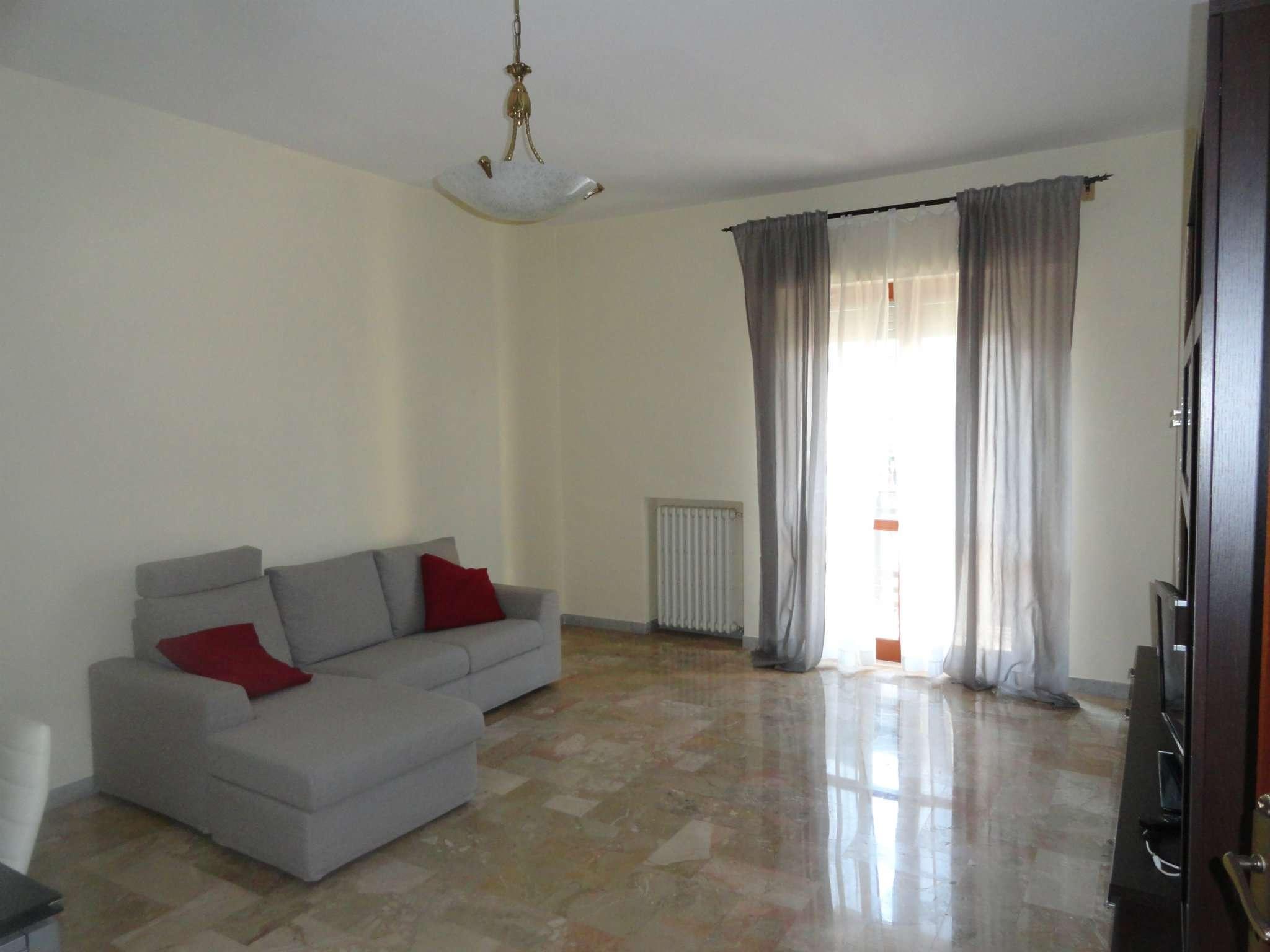 Appartamento in affitto a Andria, 2 locali, prezzo € 550 | Cambio Casa.it