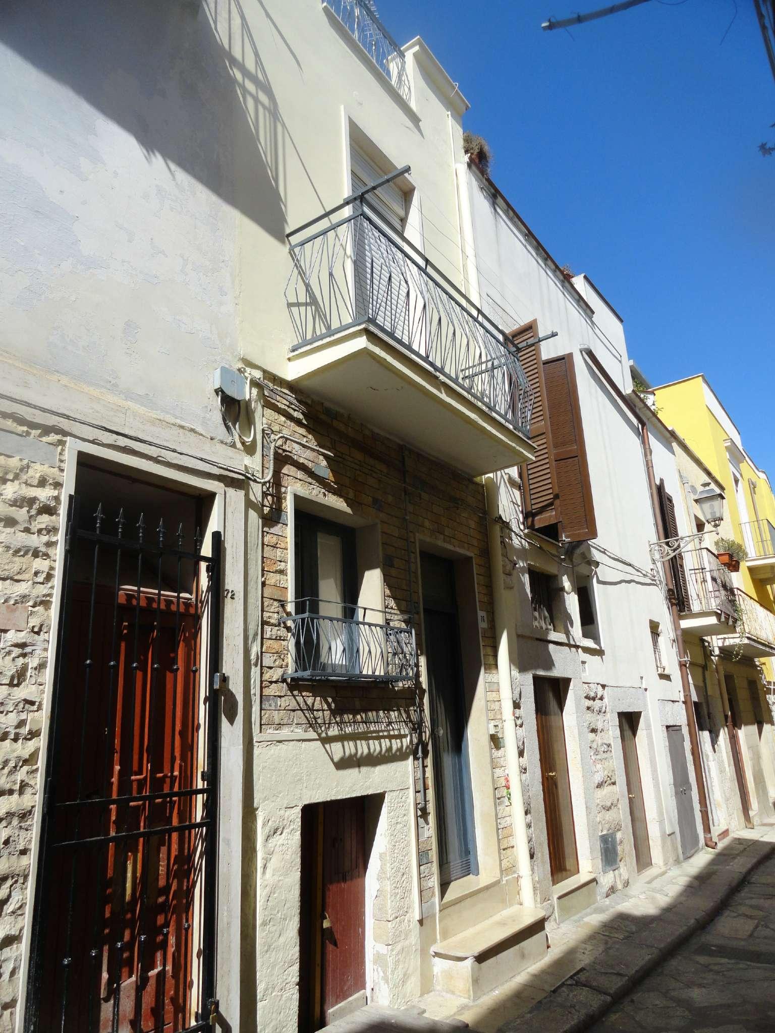 Soluzione Indipendente in Affitto a Andria