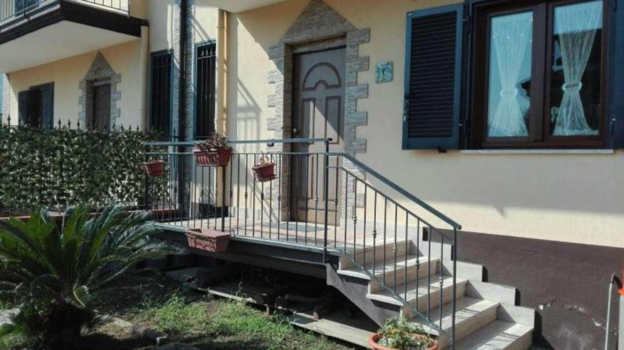 Villa a Schiera in vendita a San Felice a Cancello, 4 locali, prezzo € 194.000 | Cambio Casa.it
