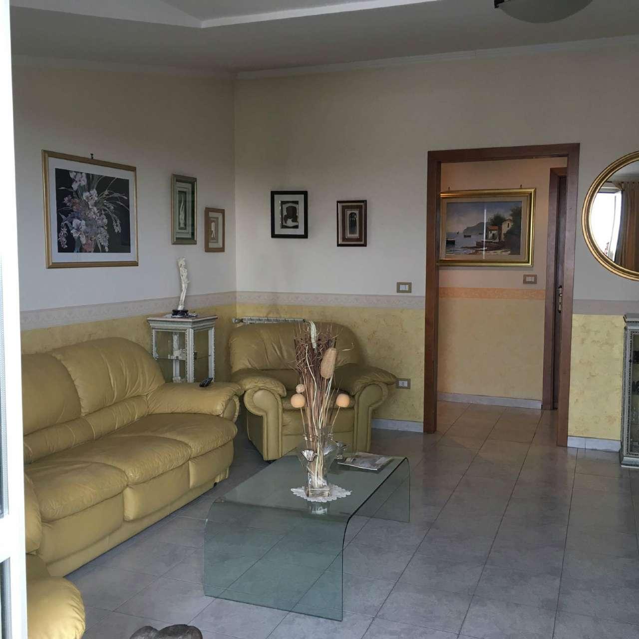 Appartamento in Vendita a Acerra