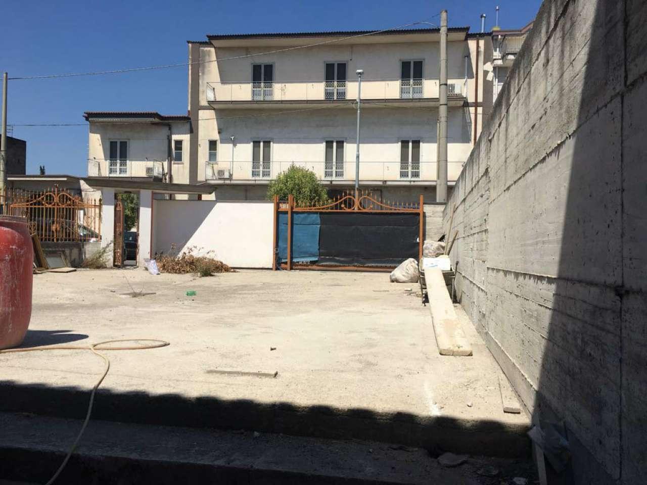 Negozio / Locale in affitto a Marigliano, 1 locali, prezzo € 1.300 | CambioCasa.it