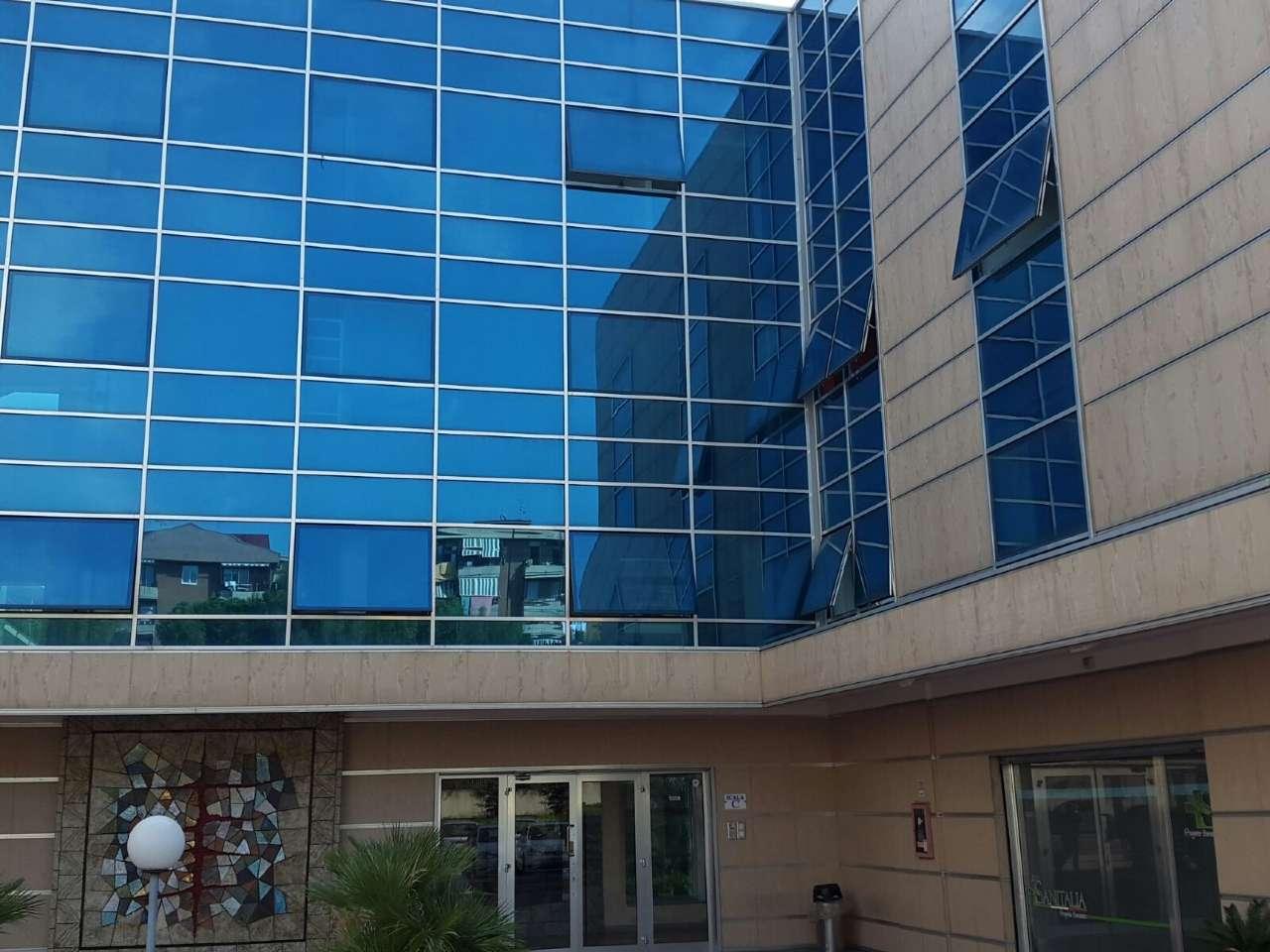 Ufficio / Studio in Affitto a Casalnuovo di Napoli