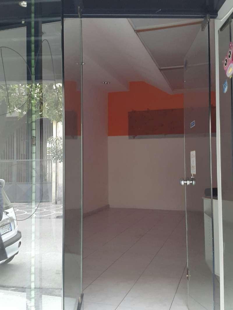 Negozio / Locale in affitto a Volla, 1 locali, prezzo € 800 | CambioCasa.it