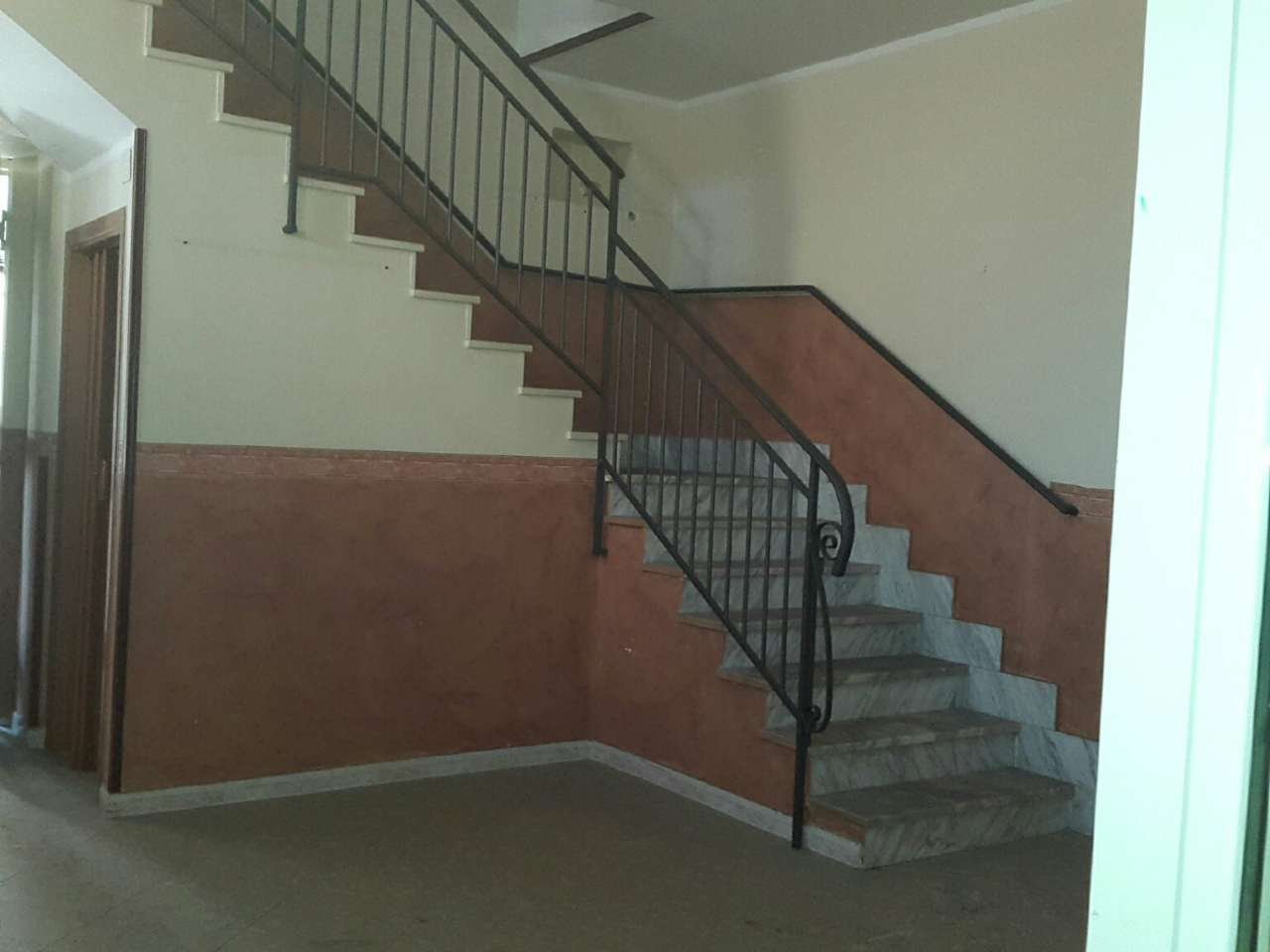 Appartamento in vendita a Acerra, 3 locali, prezzo € 110.000 | CambioCasa.it