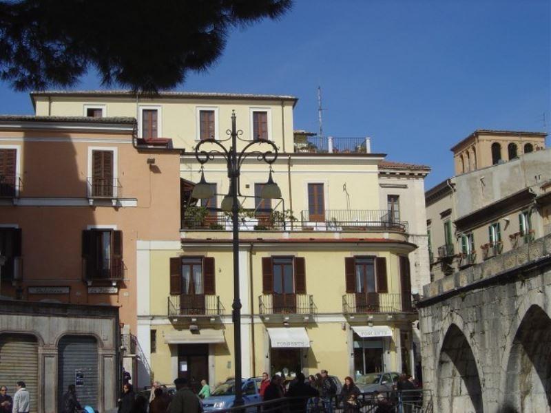 Appartamento in vendita a Sulmona, 5 locali, Trattative riservate | Cambio Casa.it