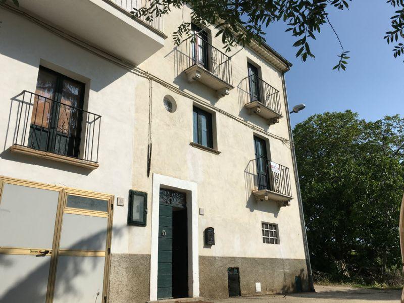 Palazzo / Stabile in vendita a Bugnara, 4 locali, prezzo € 79.000 | Cambio Casa.it
