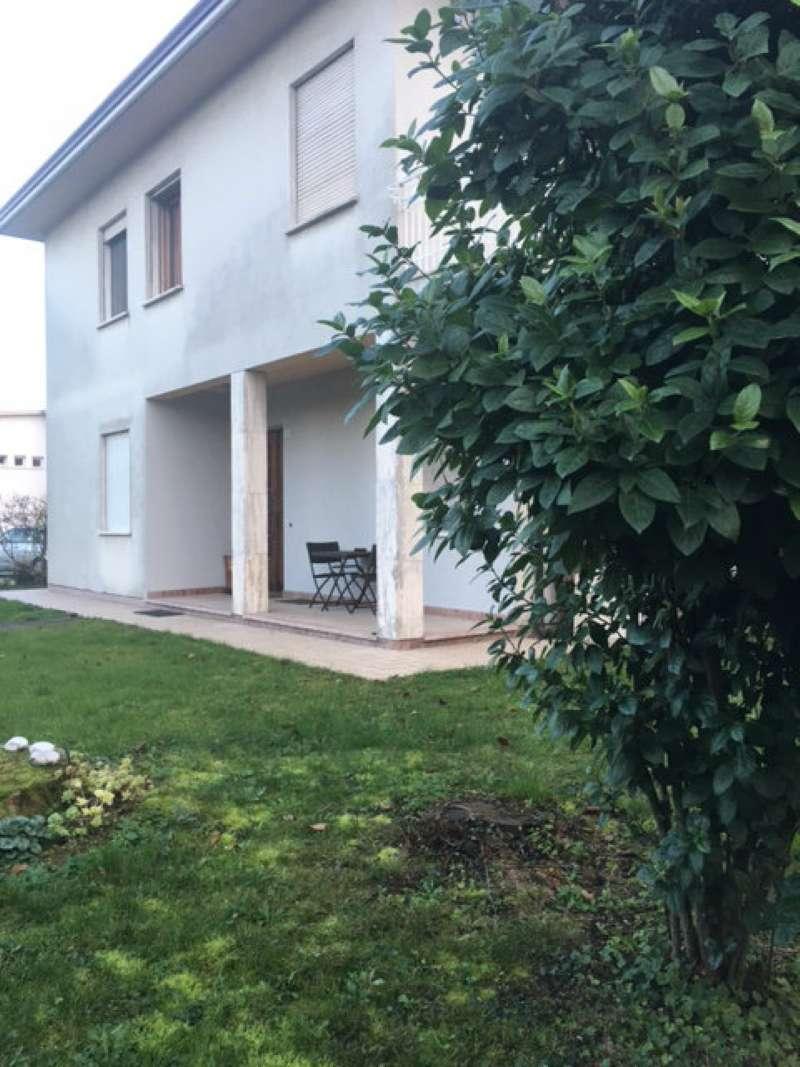 Soluzione Indipendente in affitto a Roncade, 10 locali, Trattative riservate | Cambio Casa.it