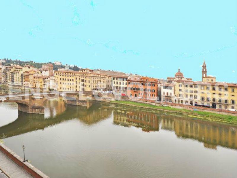 Bilocale Firenze Lungofiume Lungarno Acciaiuoli 9
