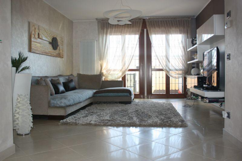 Appartamento in vendita a Casaletto Lodigiano, 4 locali, prezzo € 240.000 | Cambio Casa.it
