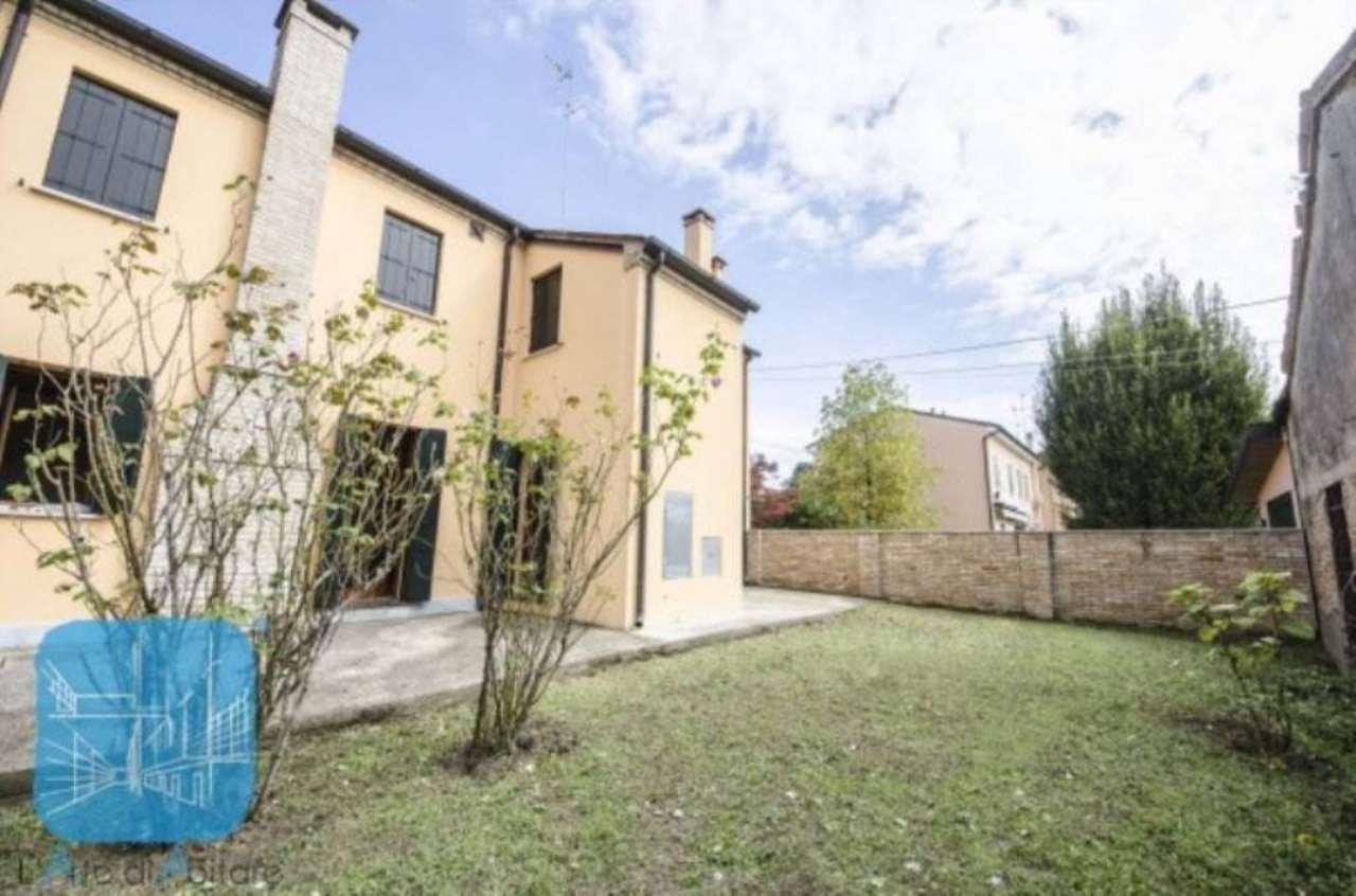 Soluzione Indipendente in vendita a Piove di Sacco, 5 locali, prezzo € 260.000 | Cambio Casa.it