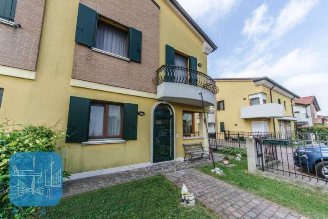 Soluzione Indipendente in vendita a Arzergrande, 5 locali, prezzo € 195.000 | Cambio Casa.it