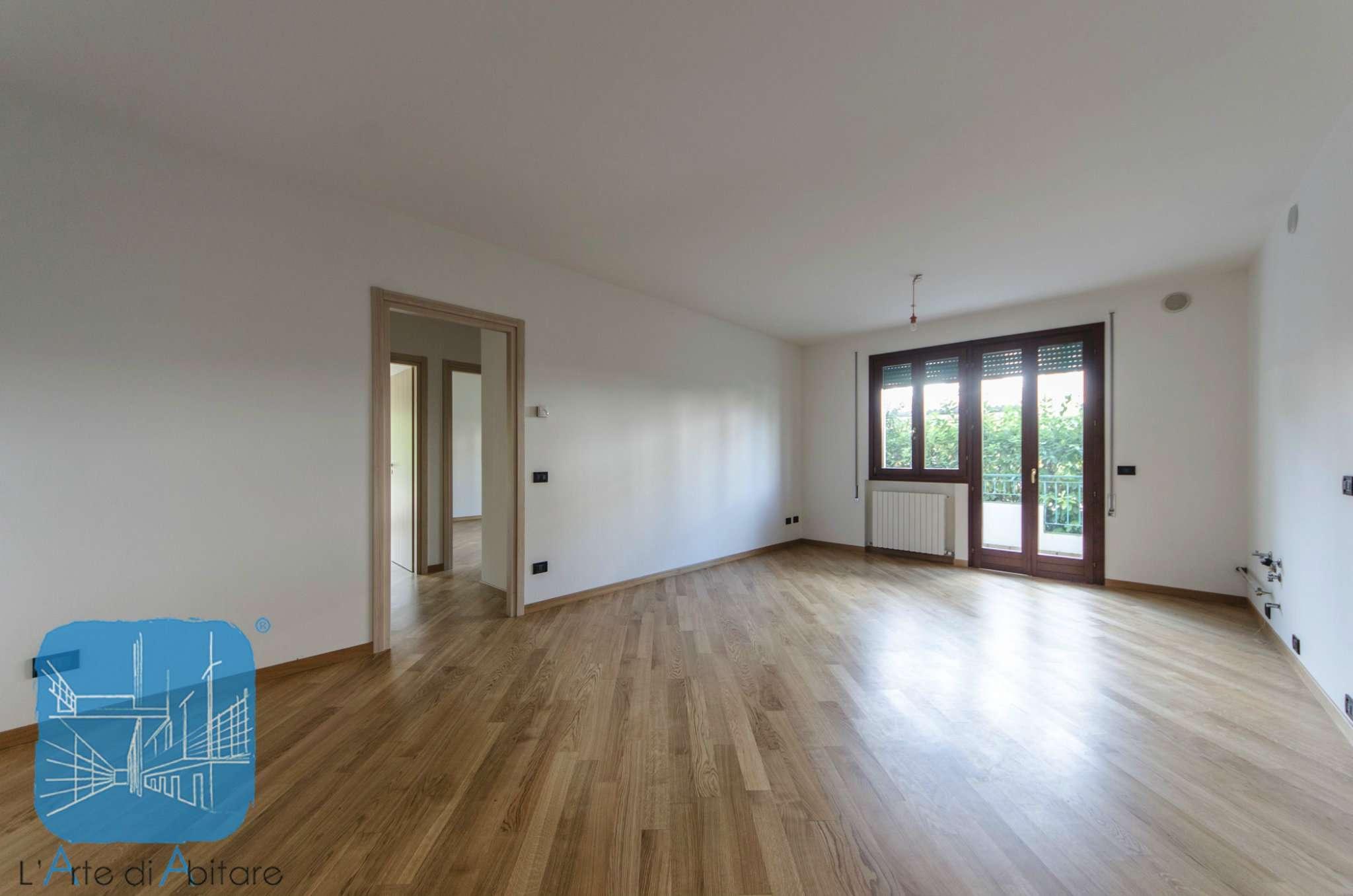 Appartamento in vendita a Piove di Sacco, 5 locali, prezzo € 85.000 | Cambio Casa.it
