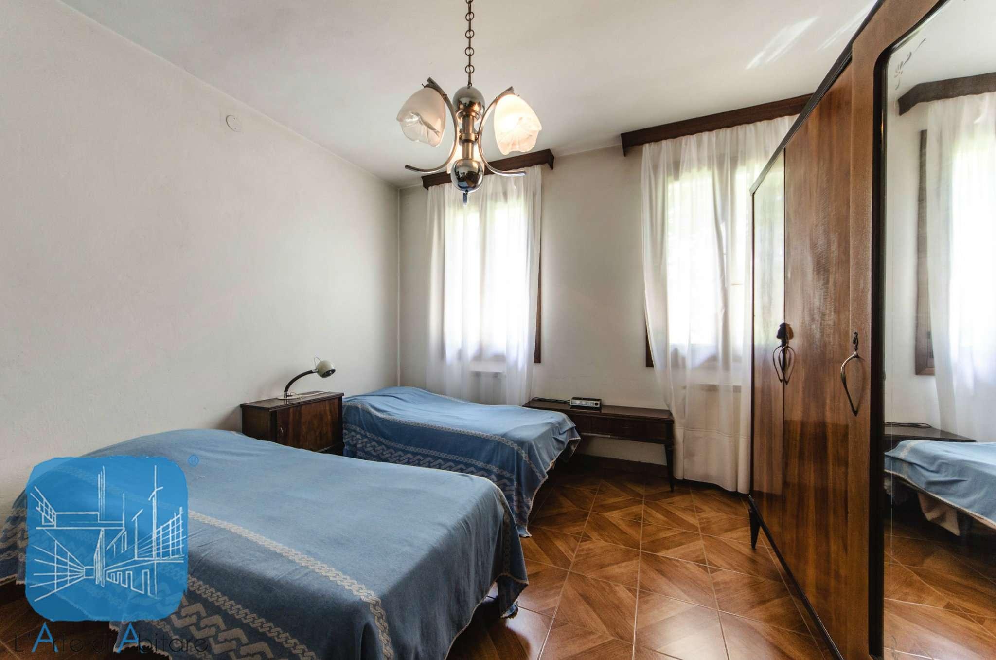 Soluzione Indipendente in vendita a Campolongo Maggiore, 6 locali, prezzo € 240.000 | CambioCasa.it