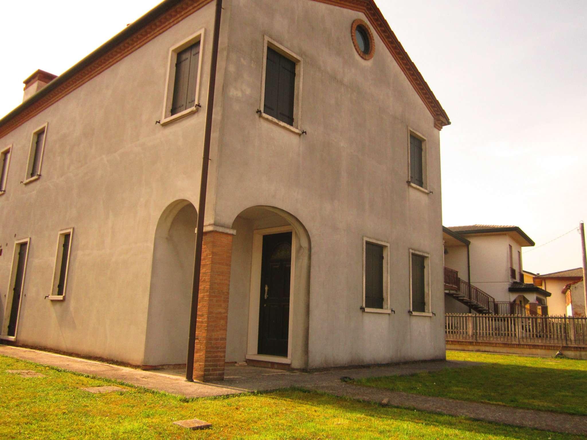 Soluzione Indipendente in vendita a Camponogara, 5 locali, prezzo € 115.000 | Cambio Casa.it