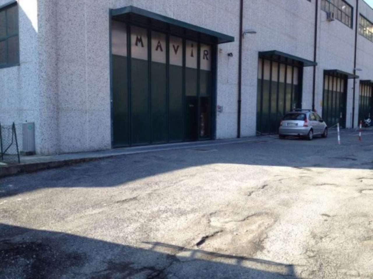 Capannone in affitto a Genova, 9999 locali, prezzo € 1.450 | Cambio Casa.it