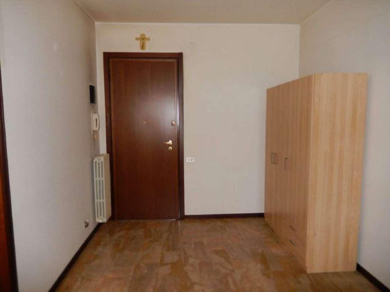 Appartamento in vendita a Padova, 6 locali, zona Zona: 6 . Ovest (Brentella-Valsugana), prezzo € 149.000 | CambioCasa.it