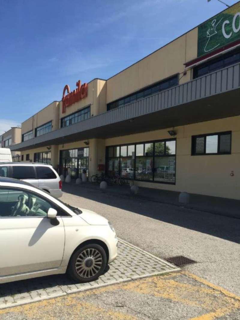 Ufficio / Studio in vendita a Due Carrare, 1 locali, prezzo € 50.000 | CambioCasa.it