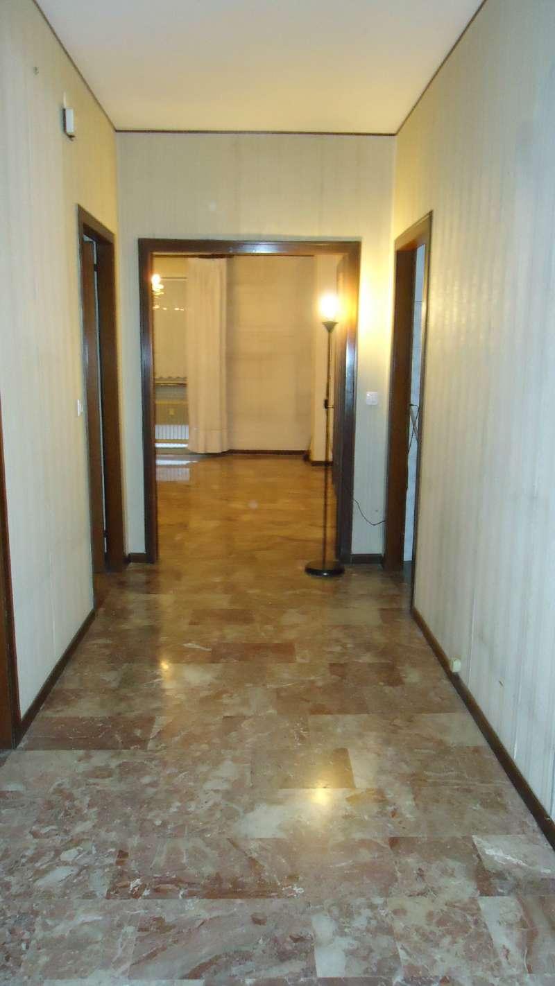 Appartamento in vendita a Padova, 5 locali, zona Zona: 5 . Sud-Ovest (Armistizio-Savonarola), prezzo € 138.000 | Cambio Casa.it