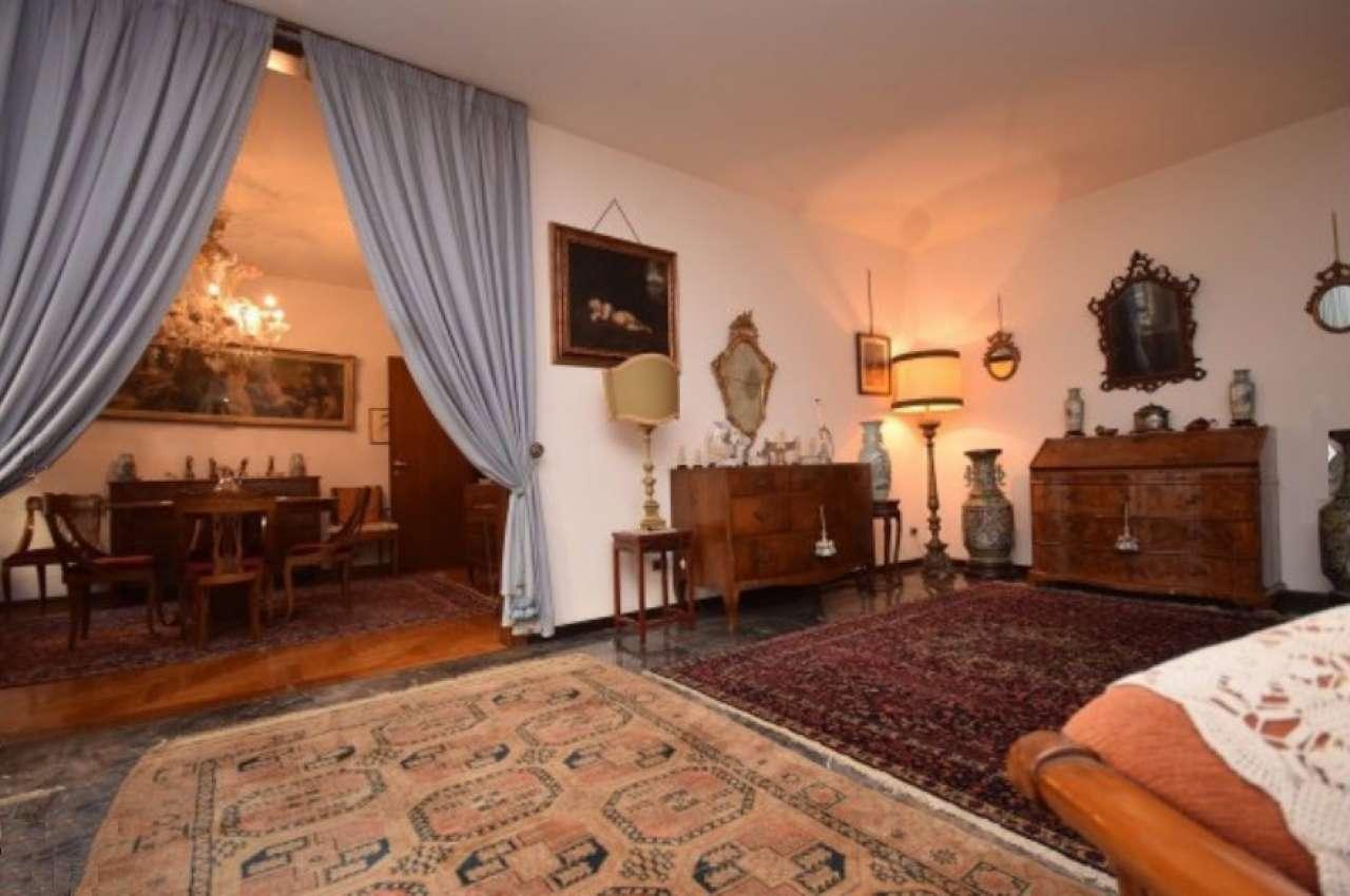 Loft / Openspace in vendita a Padova, 14 locali, zona Zona: 1 . Centro, prezzo € 450.000 | Cambio Casa.it