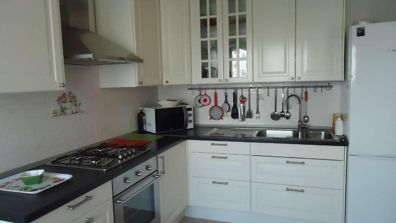 Appartamento in affitto a Ponte San Nicolò, 4 locali, prezzo € 600 | Cambio Casa.it