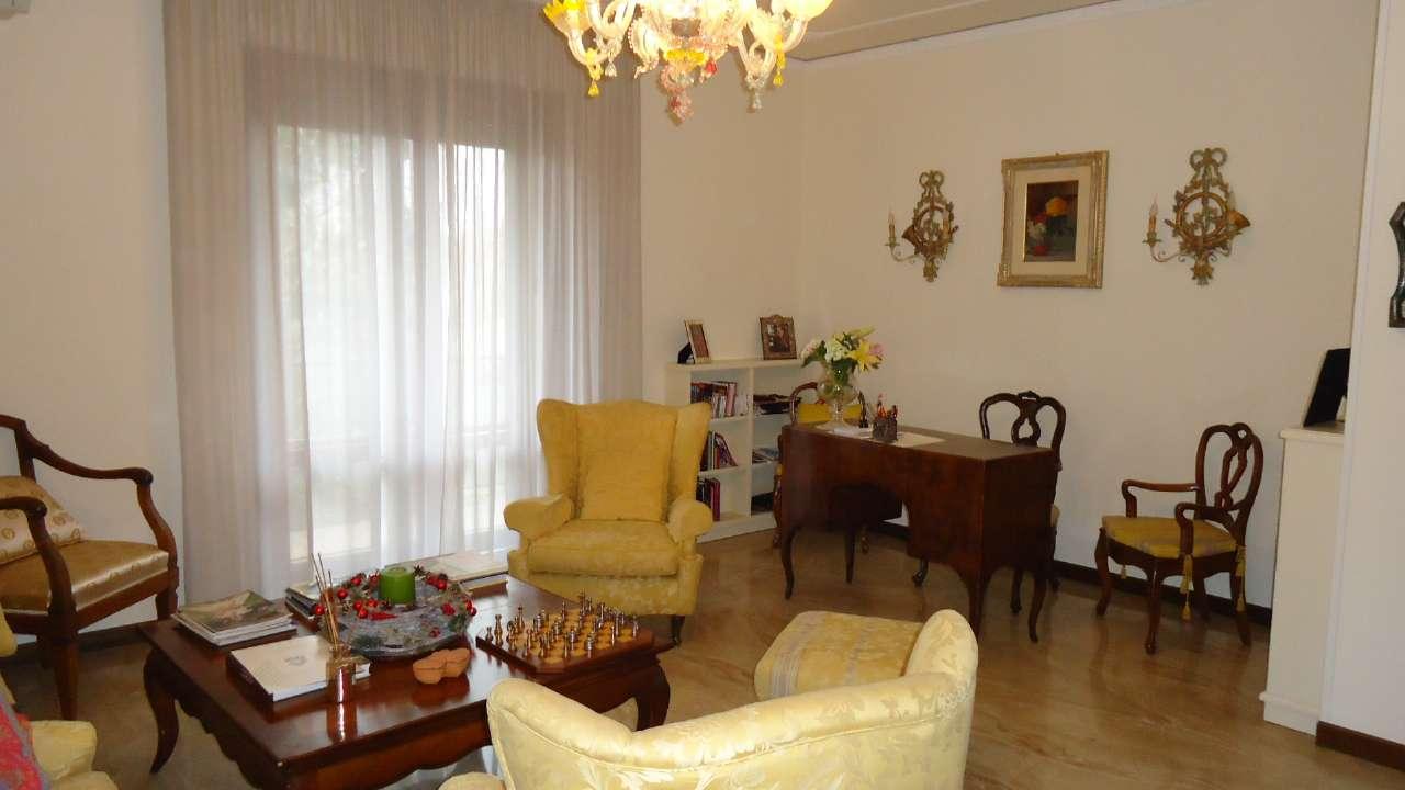 Appartamento in vendita a Padova, 5 locali, zona Zona: 2 . Nord (Arcella, S.Carlo, Pontevigodarzere), prezzo € 129.000 | Cambio Casa.it