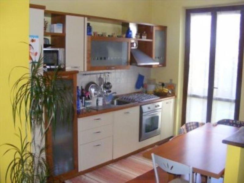 Appartamento in vendita a Gambolò, 3 locali, prezzo € 130.000 | Cambio Casa.it