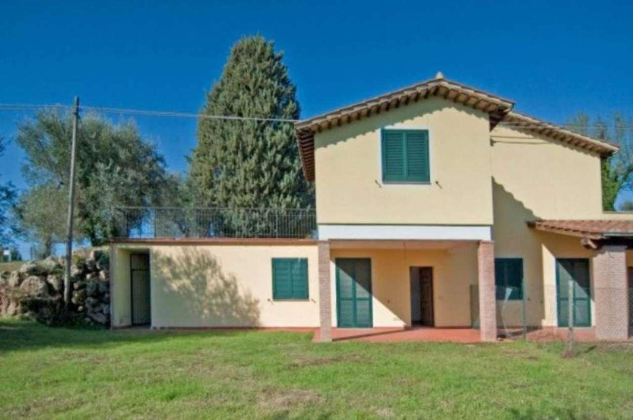Villa a Schiera in affitto a Penna in Teverina, 6 locali, prezzo € 500 | Cambio Casa.it