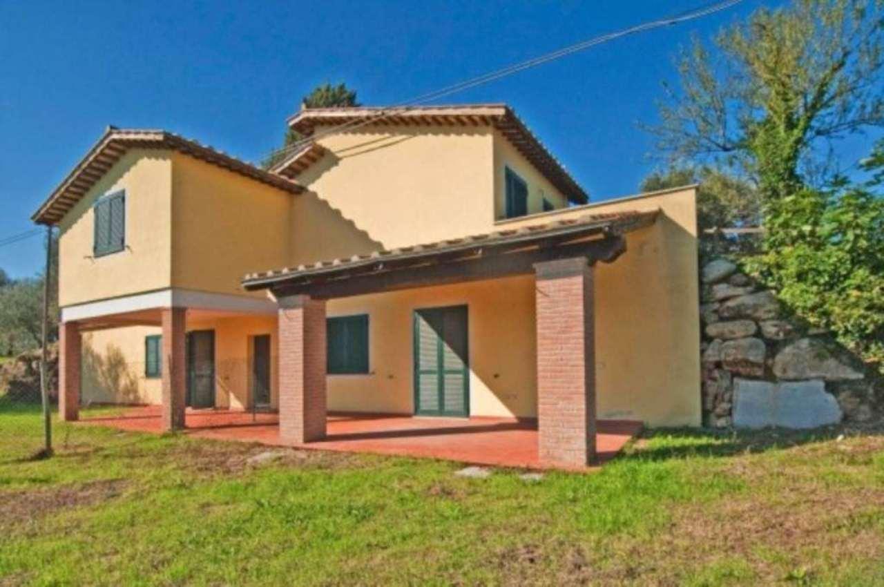 Villa a Schiera in affitto a Penna in Teverina, 6 locali, prezzo € 500 | CambioCasa.it